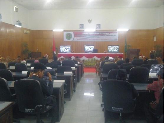 graphic43 Mayoritas Anggota DPRD Tapsel Erosi Kerakyatan dan Kenegaraan