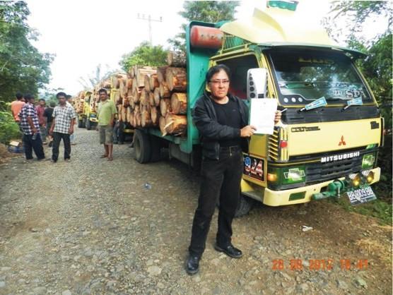tpl 2 Gabungan Elemen Rakyat Tapsel Tangkap Truck Kayu Illegal PT. TPL Dishut Membungkam DPRD Ciut
